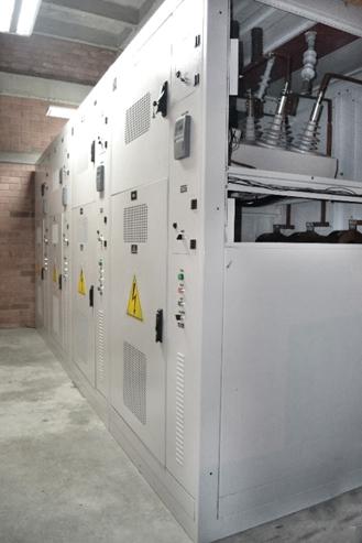 Banco de Capacitor Chaveado Instalado na Colômbia com Quatro Religadores NOJA Power