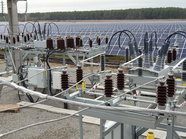 Religadores OSM da NOJA Power usados para Geração Solar em Escala de Rede