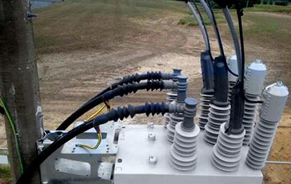Religador OSM NOJA Power de 38kV com terminações de cabo subterrâneos e de Sobrecarga